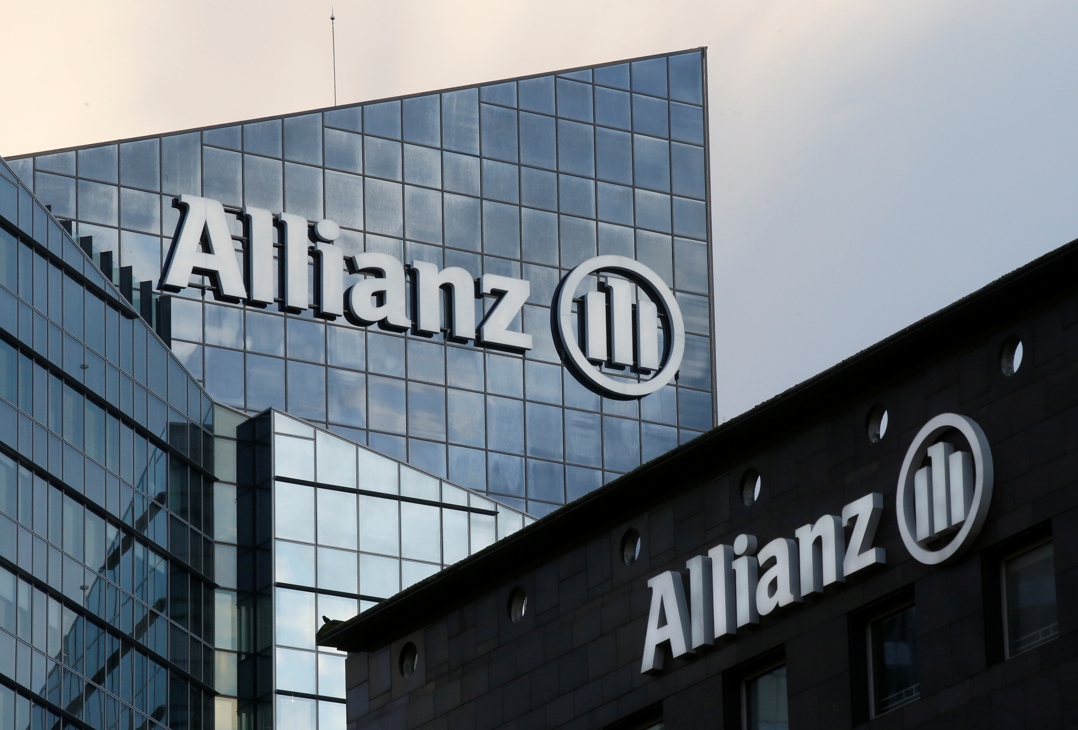 Allianz becomes second-biggest United Kingdom general insurer with twin deals worth £820m