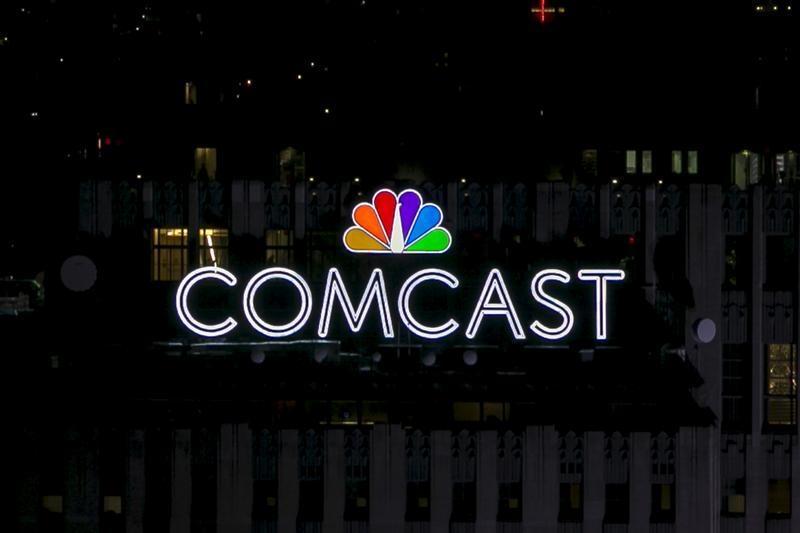 Comcast Schools At Amp T On Media M Amp A Breakingviews