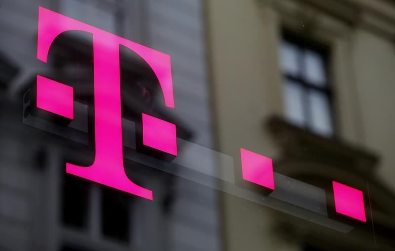 The Implausible Promises of a T-Mobile-Sprint Merger