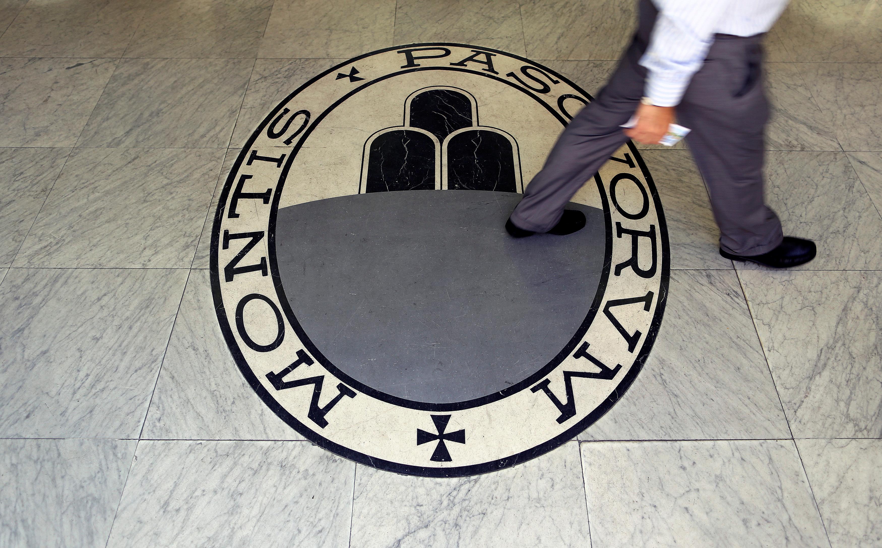 Italian bank Monte dei Paschi di Siena needs 8,8 billion