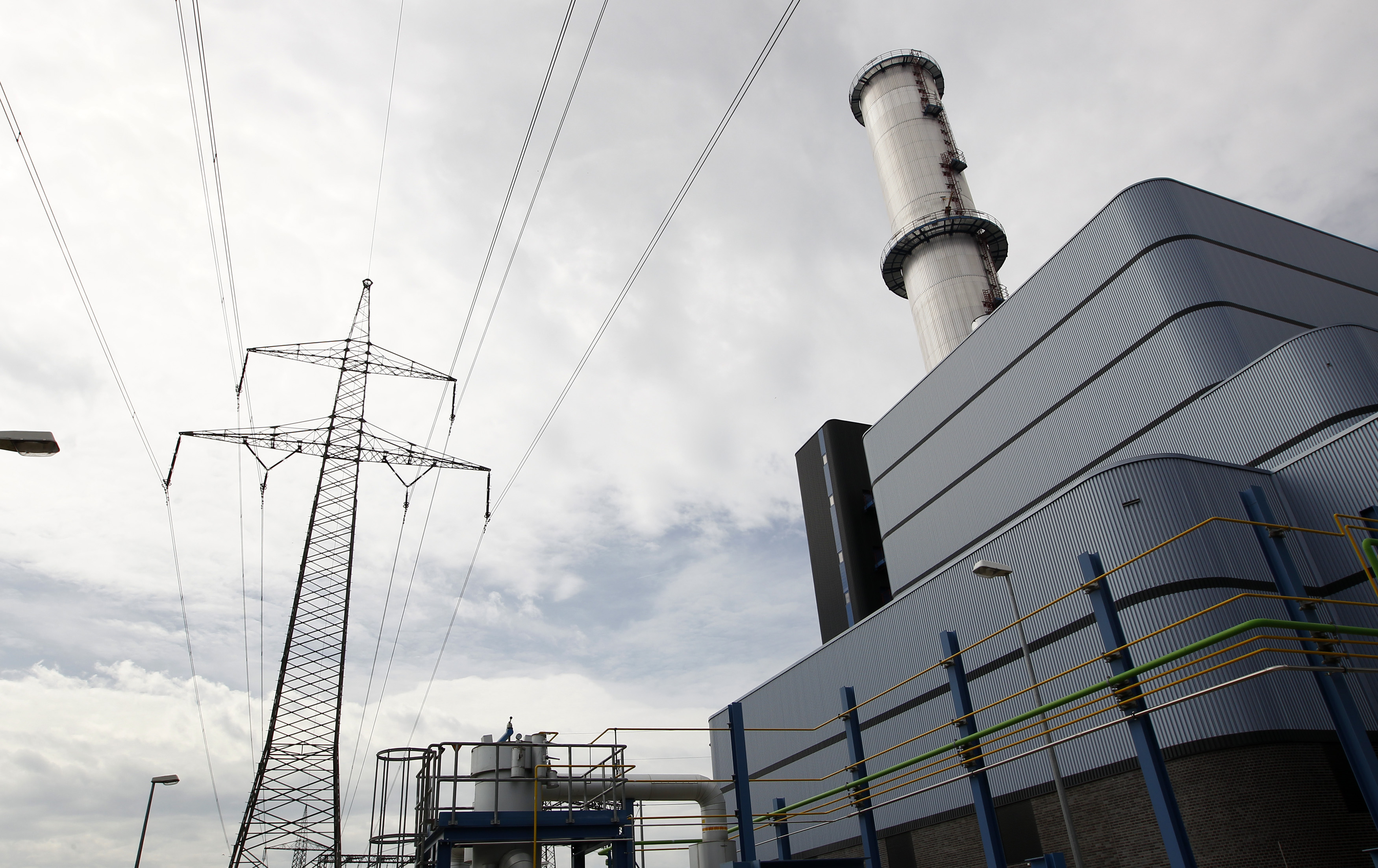 Power-Generation Company Calpine Agrees to Be Sold to a Consortium