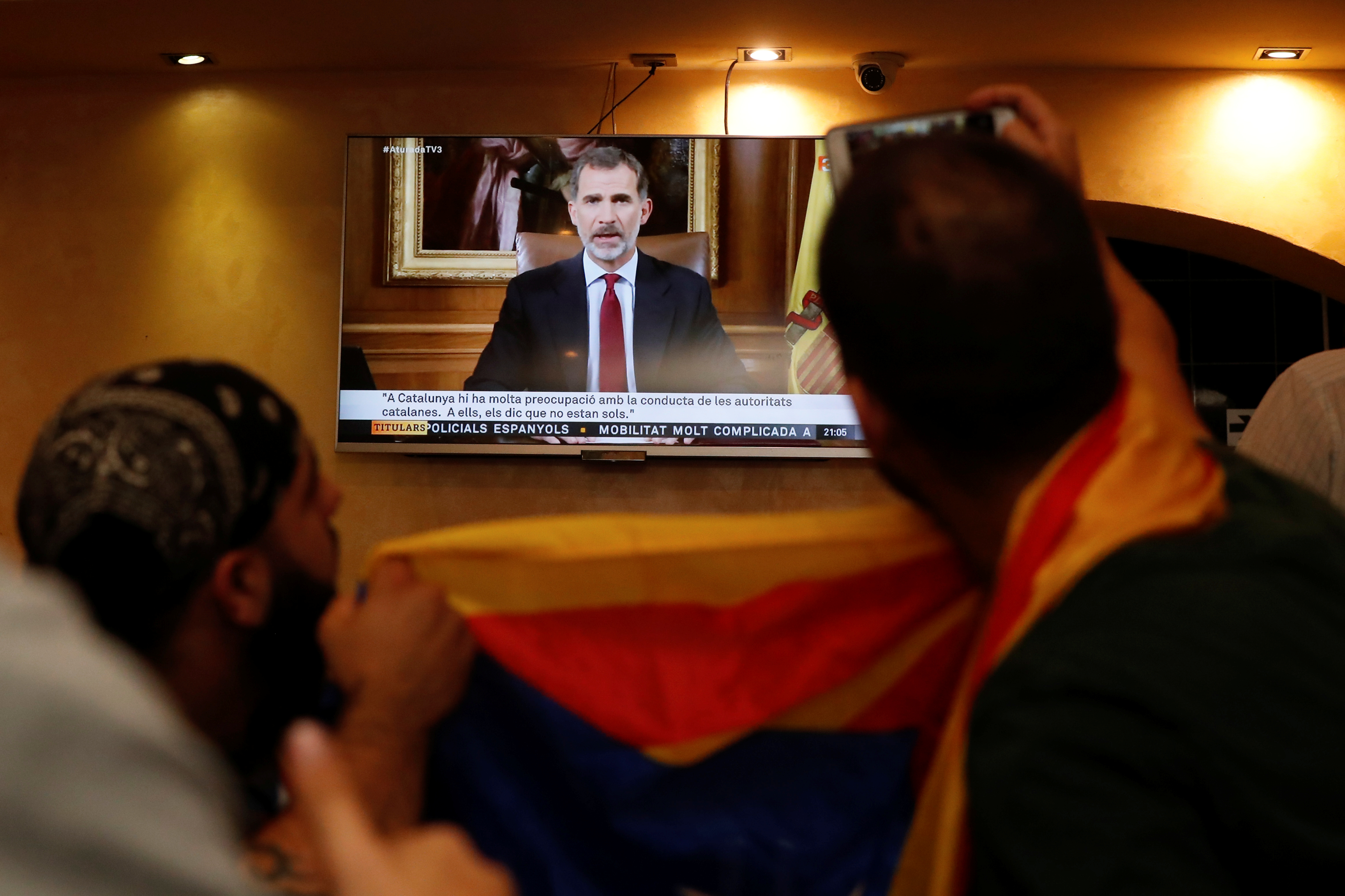 Spanish leftist politicians call on Spain PM to resign over Catalonia