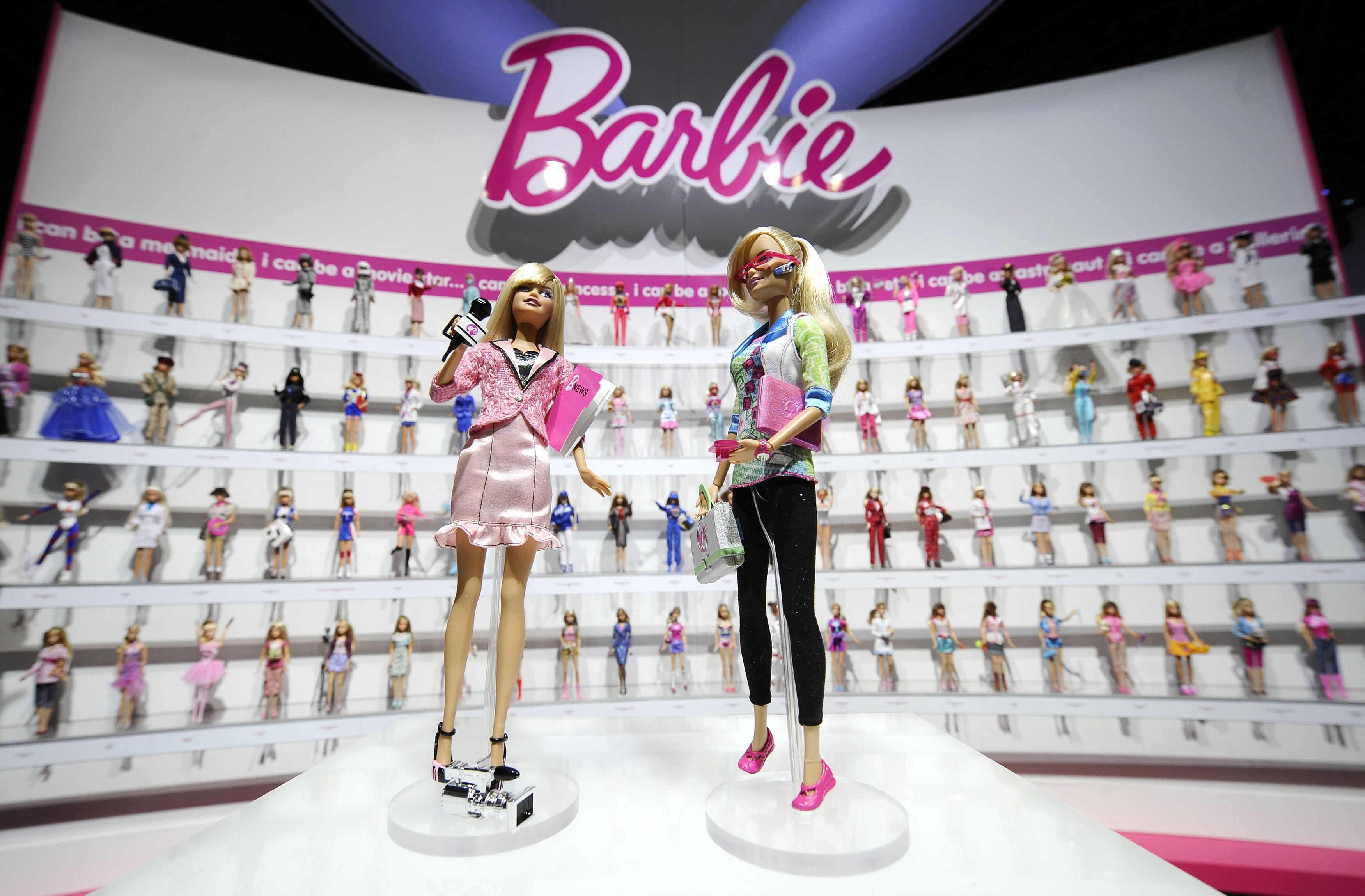 Mattel shares tumble as Toys R Us bankruptcy eats into sales