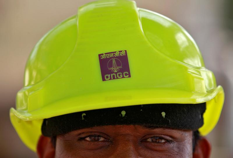 ONGC to acquire Centre's stake in HPCL for Rs. 36915 cr