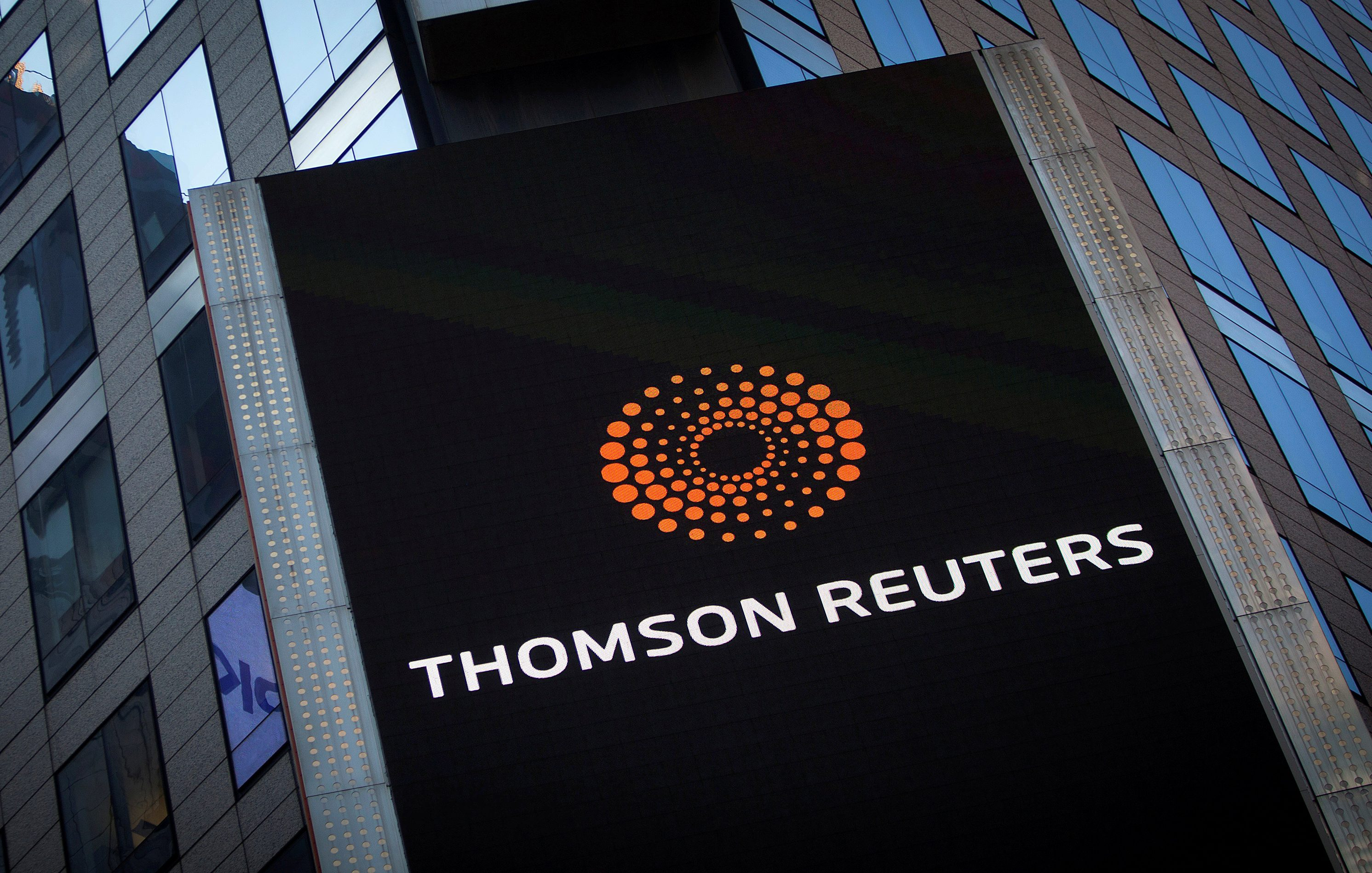 Thomson Reuters beats Blackstone in Refinitiv deal