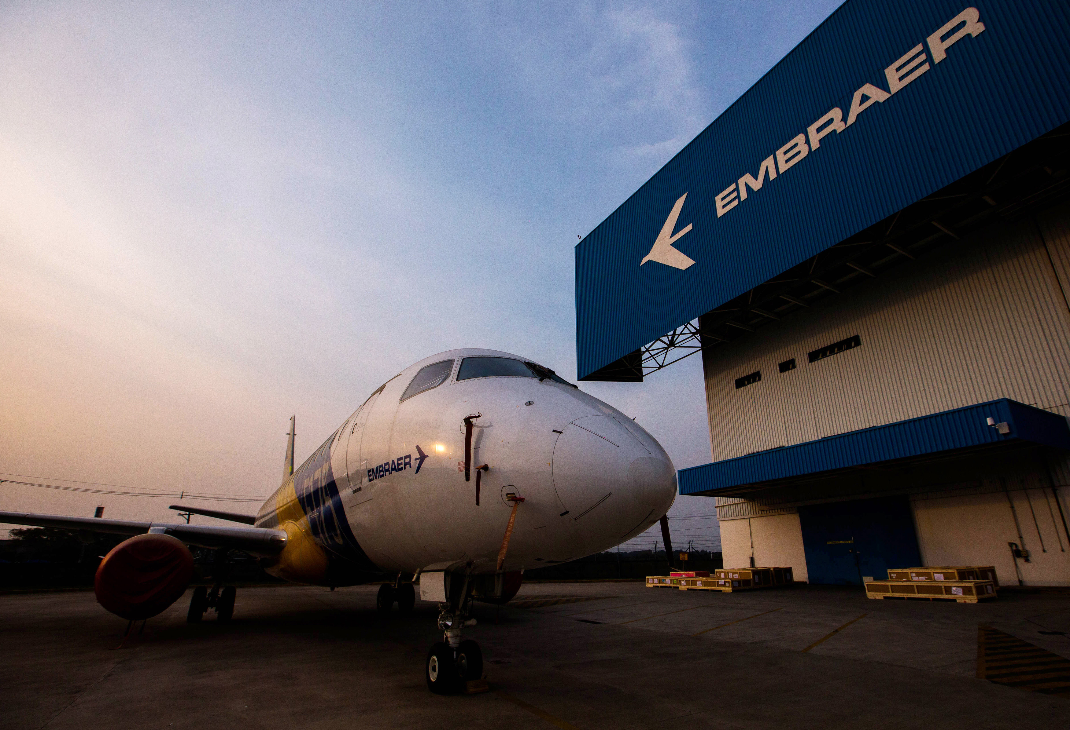 Embraer says still in talks with Boeing on tie-up