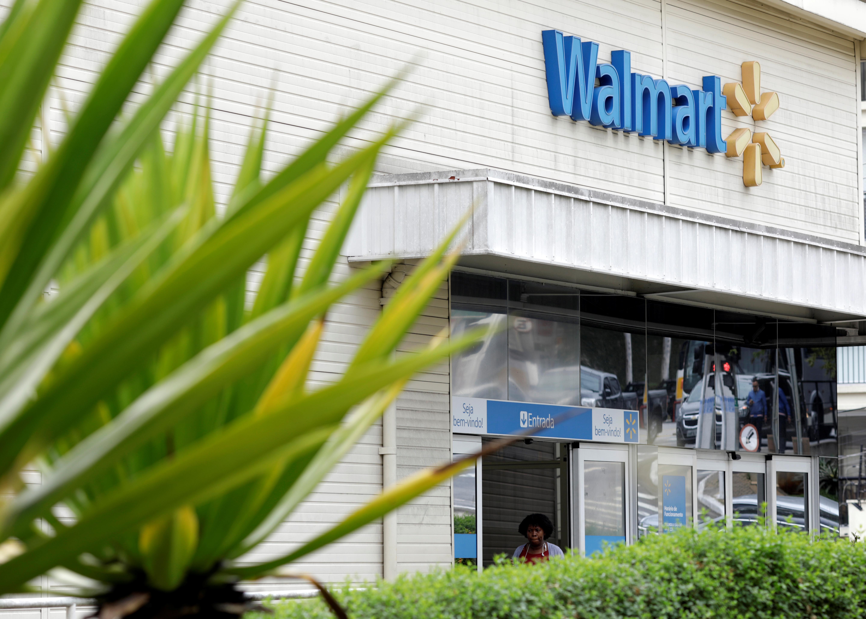 Walmart Misses Profit Goal in Holiday Quarter as Online Sales Slow