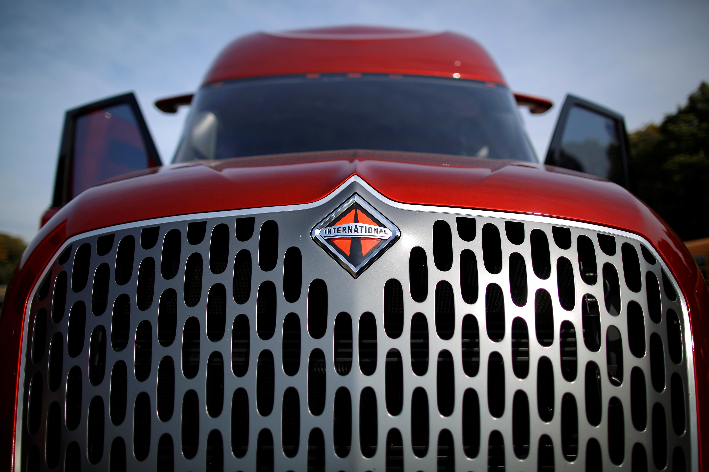 Volkswagen trucks division open to taking over Navistar